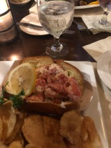 Maine lobstah roll!!!
